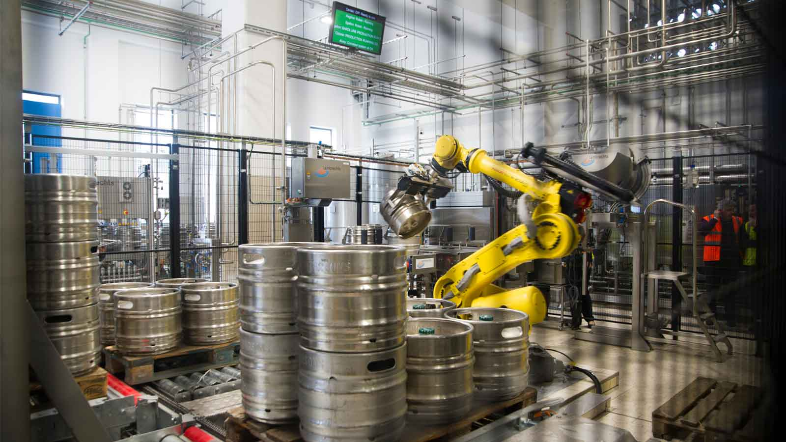 Simonds Farsons Cisk commissions robot handling technology in new kegging plant